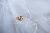Tips for Picking the Perfect Wedding Band at Clowes Jewellers